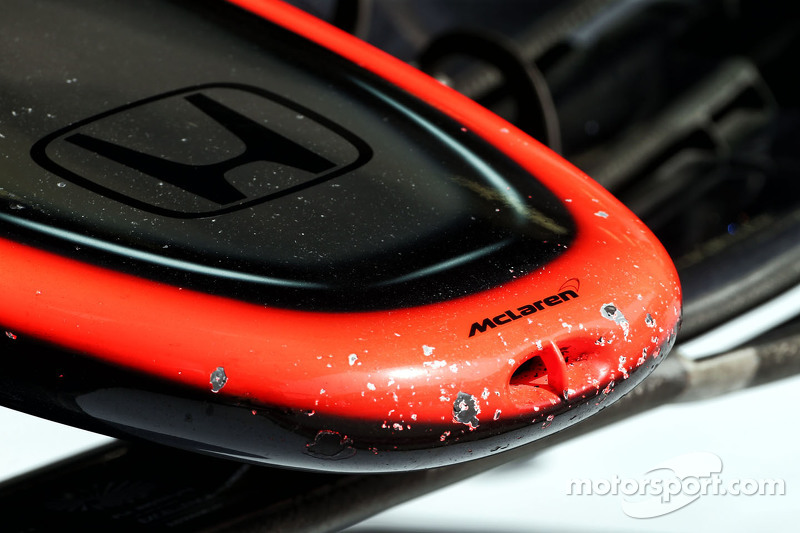 McLaren MP4-30 chipped paint on the nosecone