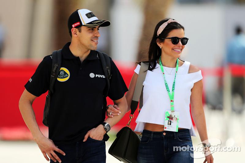 Пастор Мальдонадо, Lotus F1 Team з дружиною Габріелою