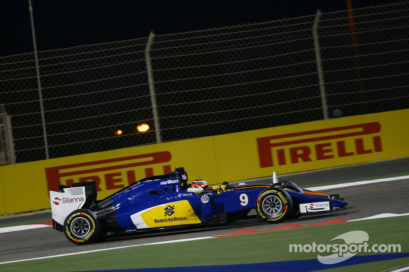 Marcus Ericsson, Sauber C34, und Nico Hülkenberg, Sahara Force India F1 VJM08, im Zweikampf