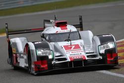 #7 Audi Sport Team Joest Audi R18 e-tron quattro Hybrid: Марсель Фасслер, Андре Лоттерер, Benoit Treluyer