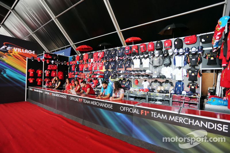 F1 merchandise stand at spanish gp for Mercedes benz f1 shop