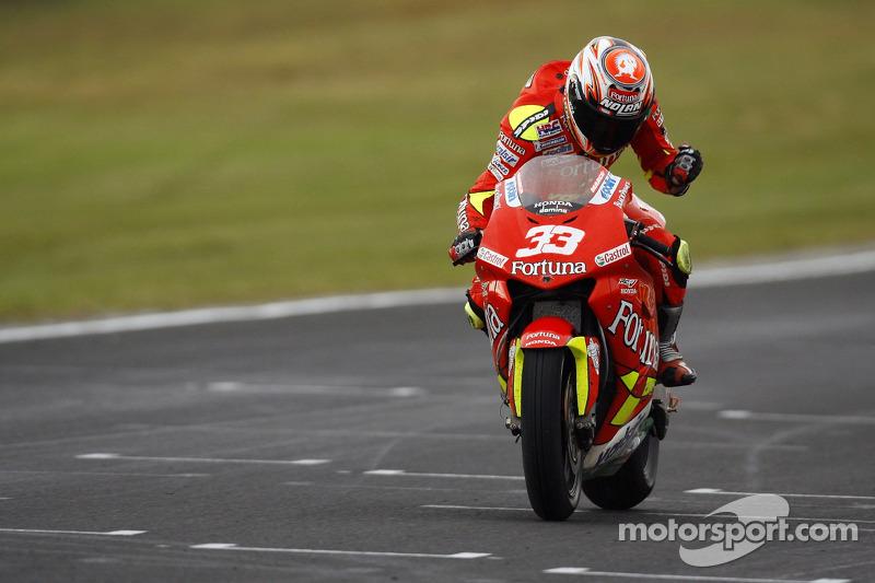 Pemenang balapan, Marco Melandri