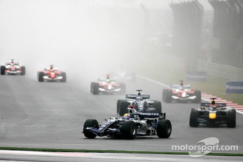 Inicio: Mark Webber, Robert Doornbos y Nico Rosberg