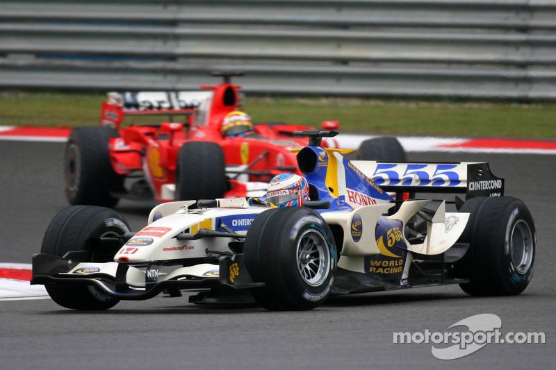 Jenson Button lidera a Felipe Massa
