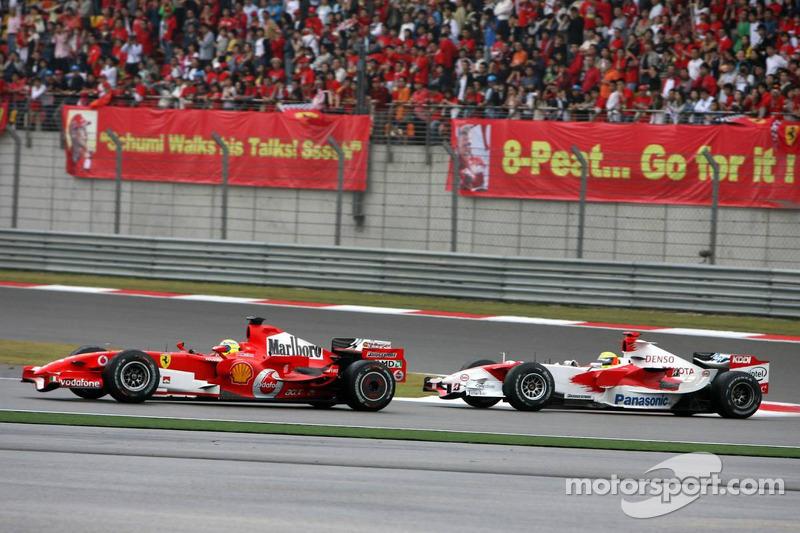 Felipe Massa lidera a Ralf Schumacher