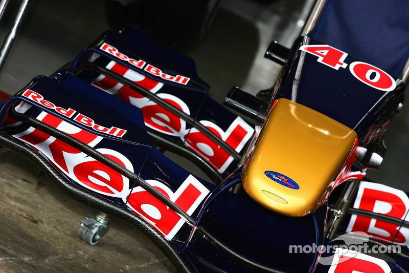 Aileron avant de la Toro Rosso STR01