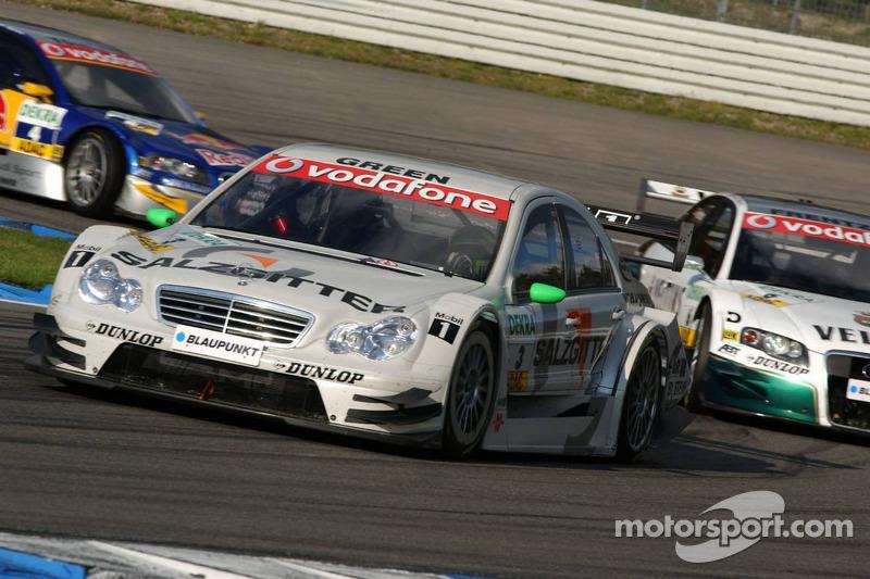 Jamie Green devant Heinz-Harald Frentzen