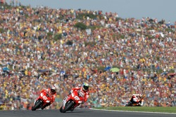 Troy Bayliss und Loris Capirossi