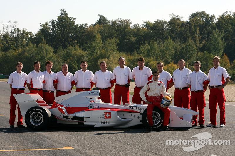 Photo de l'équipe suisse d'A1 avec Sébastien Buemi