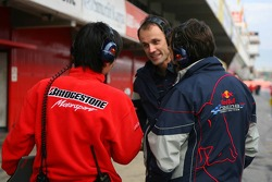 Bridgestone engineers talk to Red Bull Racing engineers