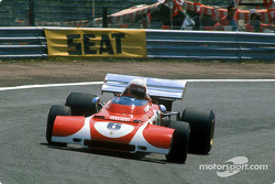 Clay Regazzoni used a special front, his Ferrari