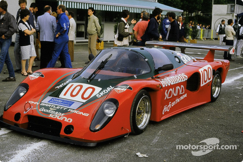 #100 Bartlett Chevron Racing Chevron: B62 Ford: Richard Jones, Robin Smith, Max Cohen-Olivar