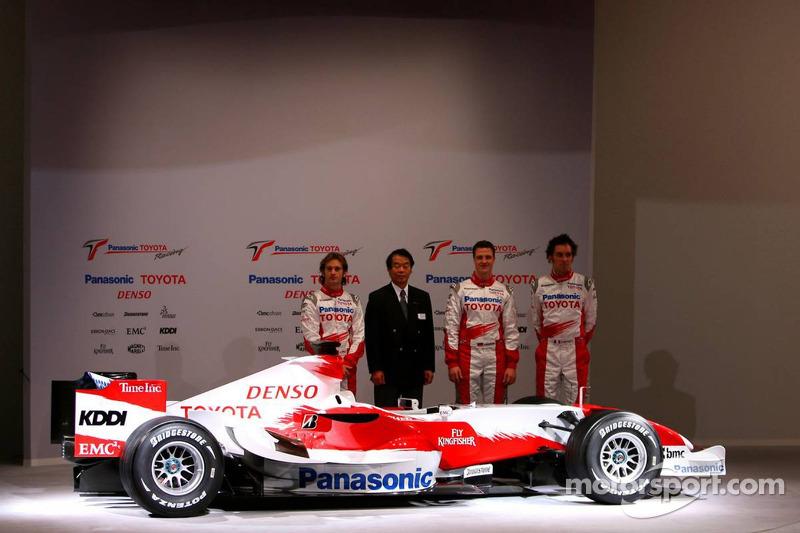 Jarno Trulli, Kazou Okamoto, Toyota Motor Corporation Executive Vice President, Ralf Schumacher and Franck Montagny