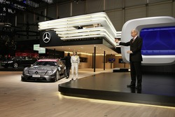 Dr. Dieter Zetsche, CEO of the DaimlerChrysler AG, and Mercedes-Benz DTM driver Susie Stoddart present the new AMG-Mercedes C-Class