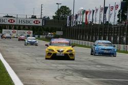 Jordi Gene, SEAT Sport, SEAT Leon and Nicola Larini, Team Chevrolet, Chevrolet Lacetti
