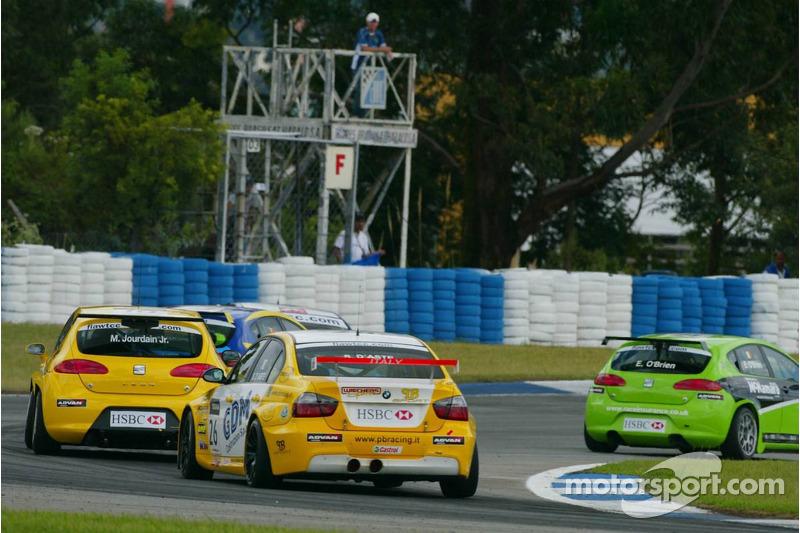 Stefano D'Aste, Wiechers Sport BMW, BMW 320si WTCC et Michel Jourdain, SEAT Sport, SEAT Leon