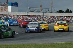 Michel Jourdain, SEAT Sport, SEAT Leon, Luca Rangoni, Proteam Motorsport, BMW 320si WTCC et Jordi Gene, SEAT Sport, SEAT Leon