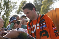 Christijan Albers, Spyker F1 Team, signs autographs for fans