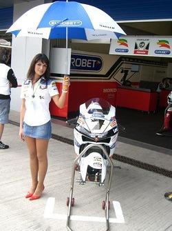 Honda LCR girl