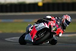 #10 Infini Team/Yohann Moto Sport Suzuki: Ch. Michel, Th. Metro, V. Bocquet