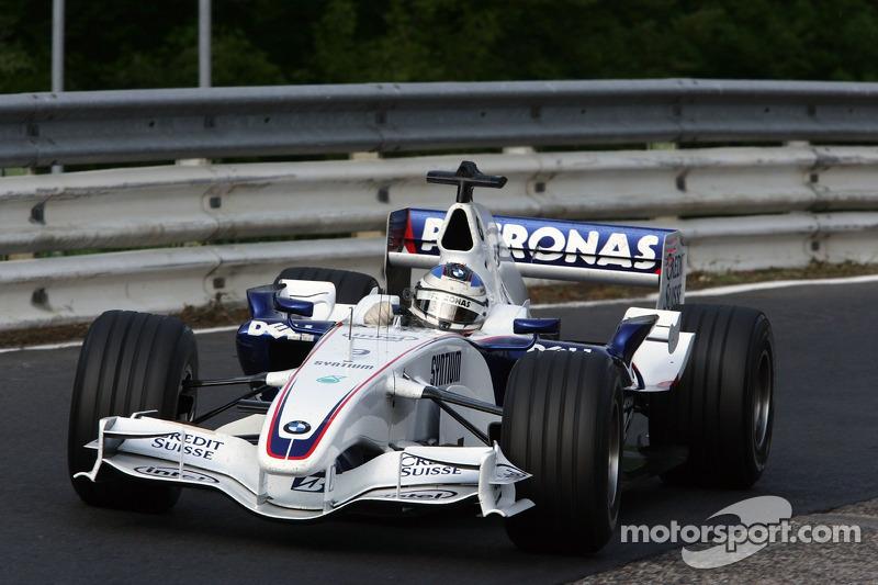 Nick Heidfeld, BMW Sauber F1 Team, befährt die legendäre Nordschleife mit dem BMW Sauber F1