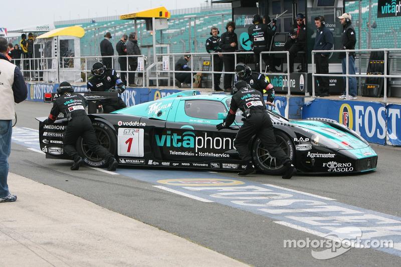 #1 Vitaphone Racing Team Maserati MC 12 GT1: Mika Salo, Thomas Biagi