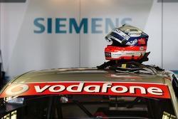 Helmet of Markus Winkelhock, Audi Sport Team Abt Sportsline, Audi A4 DTM