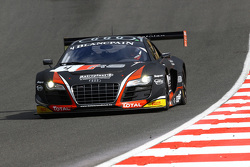 #4 Belçika Audi Club WRT Takımı  Audi R8 LMS ultra: Frank Stippler, James Nash