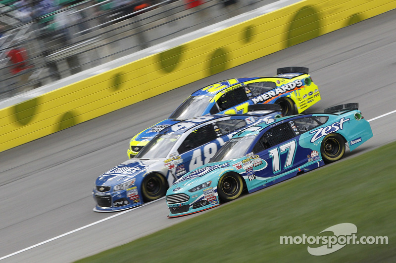 Paul Menard, Richard Childress Racing Chevrolet, Jimmie Johnson, Hendrick Motorsports Chevrolet and