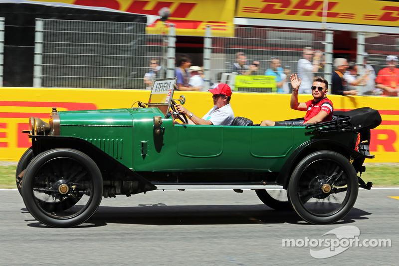 Will Stevens, Manor F1 Team, nella parata dei piloti