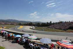 Roberto Merhi, Manor F1 Team devant son équipier Will Stevens, Manor F1 Team