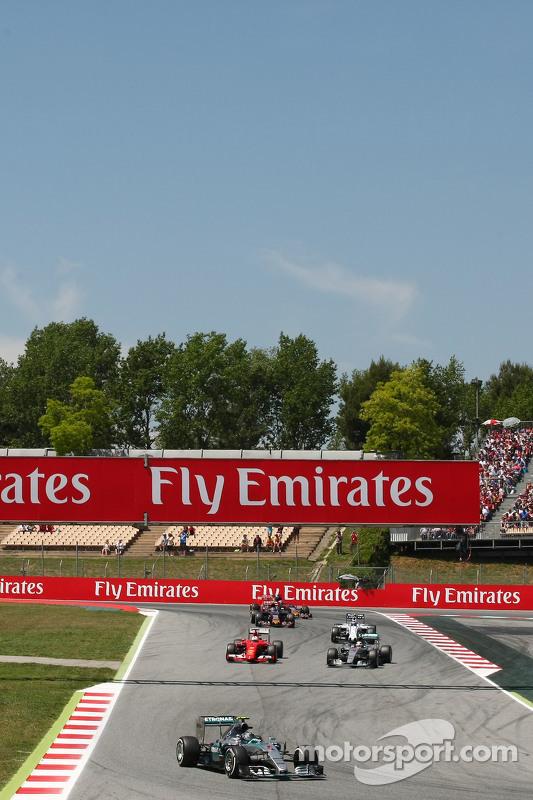 尼克·罗斯伯格, 梅赛德斯AMG车队 F1 W06赛车,在设置圈中领先