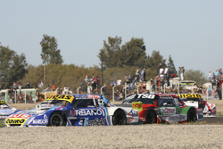 Mauricio Lambiris, Coiro Dole Racing, Torino, und Jose Manuel Urcera, JP Racing, Torino