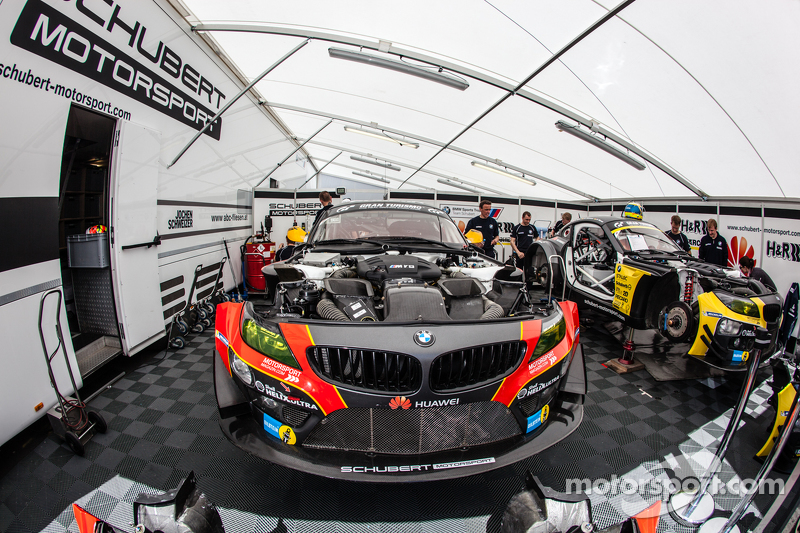 Schubert Motorsport BMW Z4 GT4