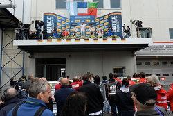 Гонка 2 подіум: Хосе Марія Лопес та Іван Муллер, Citroën World Touring Car team та Тьяго Монтейро, Honda Racing Team JAS та Мехді Беннані, Себастьєн Леб Racing