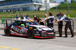 Переможець гонки #73 GTSport Racing Porsche Cayman S: Джек Болдвін