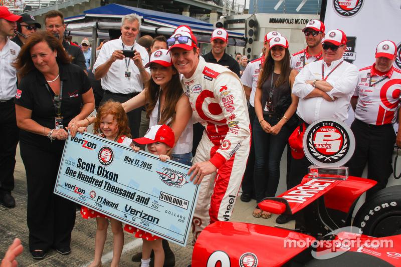 Scott Dixon, Chip Ganassi Racing, feiert die Pole-Position