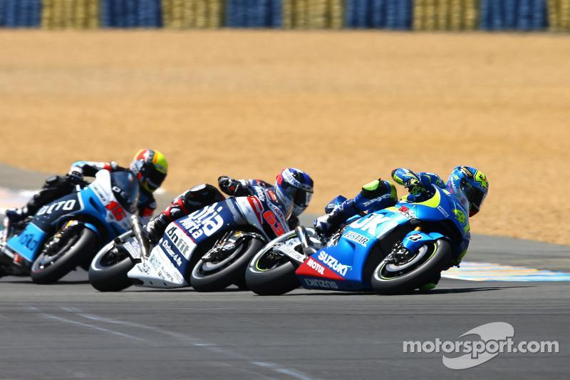 Maverick Viñales, Team Suzuki MotoGP; Mike di Meglio, Avintia Racing, Ducati, und Alex de Angelis, I