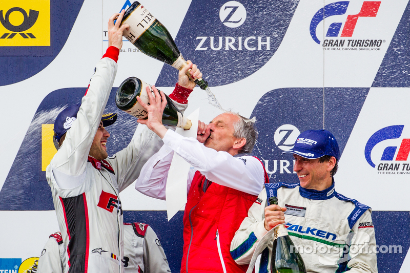 Podium: poors champagne on Romolo Liebchen