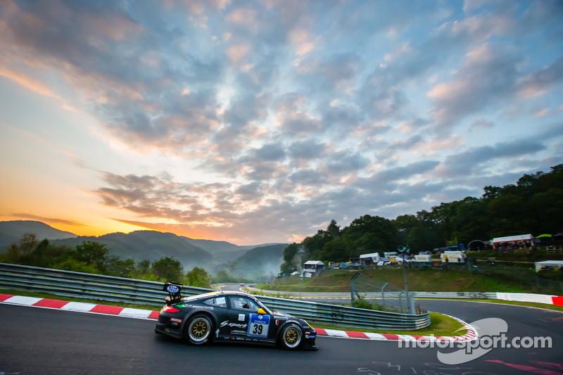 #39 Kremer Racing Porsche 911 GT3 KR: Eberhard Baunach, Wolfgang Kaufmann, Maik Rönnefahrt