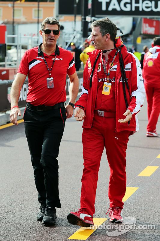 (Kiri ke Kanan): Graeme Lowdon, Manor F1 Team Chief Executive Officer dengan James Allison, Ferrari