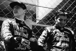 (L to R): Макс Ферстаппен, Scuderia Toro Rosso з Карлос Сайнс мол., Scuderia Toro Rosso