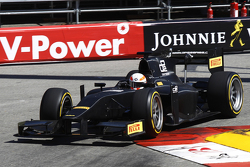Martin Brundle completes demonstration run of GP2 car with 18 inch Pirelli tyres