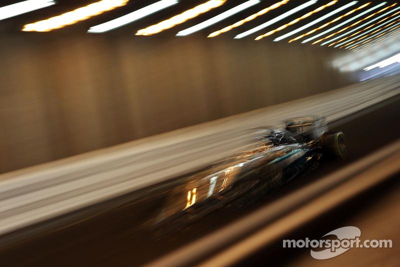 Hamilton regresó a la pole en Mónaco 2015