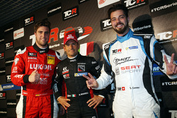 Qualifying top three: 3rd position Pepe Oriola, SEAT Leon, Craft Bamboo Racing LUKOIL, Gianni Morbidelli, Honda Civic TCR, West Coast Racing pole position and 2nd position Stefano Comini, SEAT Leon, Target Competition