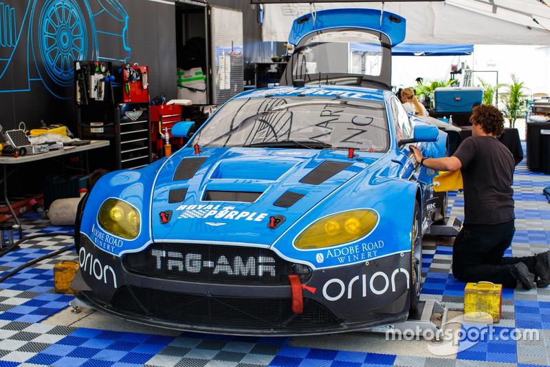 TRG-AMR Aston Martin, Teambereich