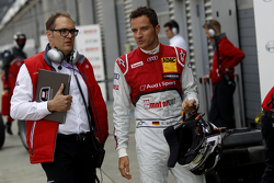 Timo Scheider, Audi Sport Team Phoenix Audi RS 5 DTM with his engineer