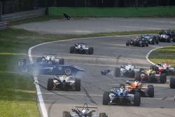 Tatiana Calderon, Carlin Dallara Volkswagen, spint en Alessio Lorandi, Van Amersfoort Racing Dallara