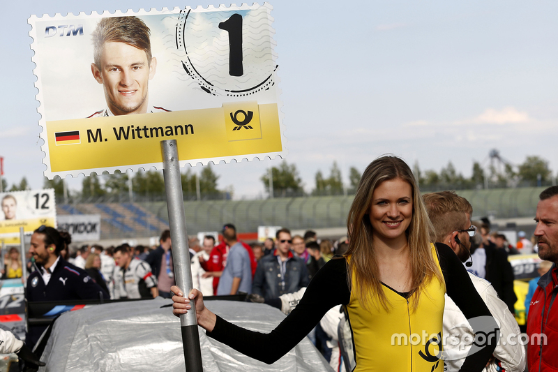 Gridgirl of Marco Wittmann, BMW Team RMG BMW M4 DTM