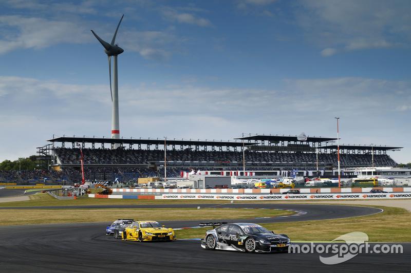Christian Vietoris, Mercedes-AMG C 63 DTM, und #16 Timo Glock, BMW M4 DTM
